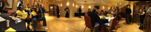 Pano view of the Meet and Greet. . . I got lucky.